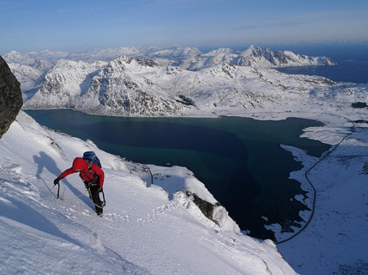 winteralpinisme in de Lofoten