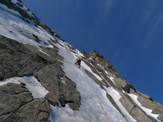 ijsklimmen in de Lofoten