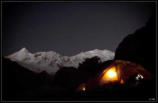 Basecamp Ichinca by night