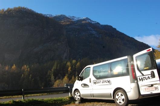 Mount Coach Car