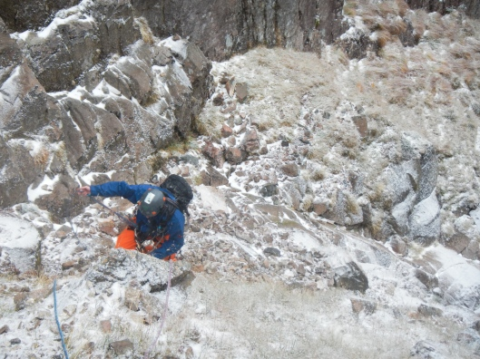 Dominique klimt de laatste meters naar de top