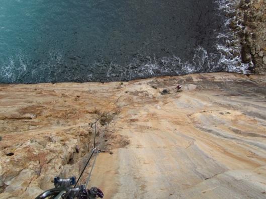 Spannend klimmen op Raco del Corv ©Sanne
