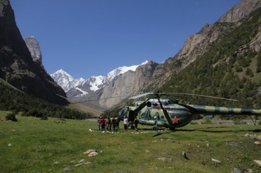 The very nice way in to BC, with an old Russian military helicopter ©Sanne