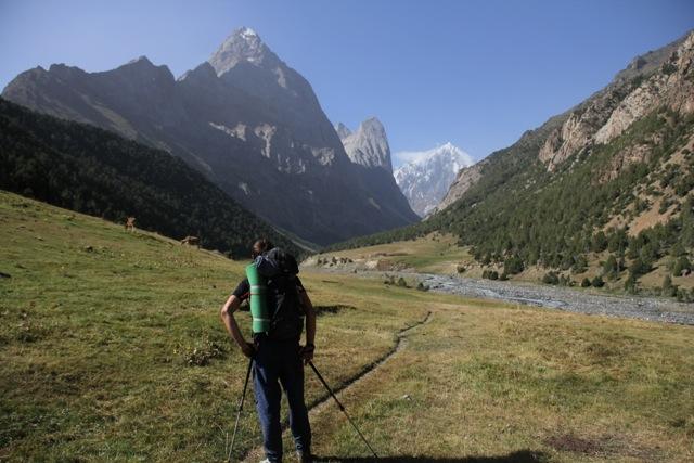 Trekking towards paradise ©Sanne
