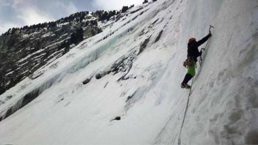 Sebastiaan leading in Ursprung Eisfall II 4 ©Jeroen