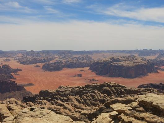 Parachtig zicht vanop de top van Jebel Rum
