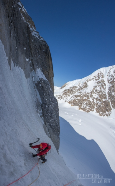Maxime in the lower couloir of Mini Moonflower
