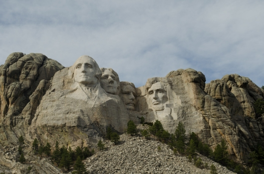 Mt. Rushmore - l to r: Washington, Jefferson, Roosevelt, Lincoln.